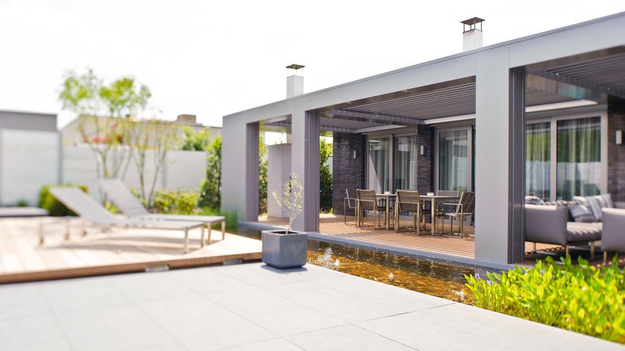 Moderne bungalow met zwembad in eindhoven studio412 for Moderne semi bungalow bouwen